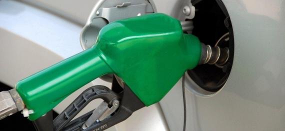 pumping-gas-1631634-1920.jpg